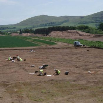 Excavation of a multi-phase Neolithic site that has produced the largest Neolithic ceramic assemblage in northern England. © Copyright ARS Ltd 2018